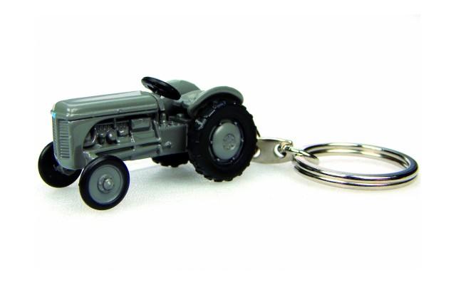 Брелок трактор FERGUSON TEA 20