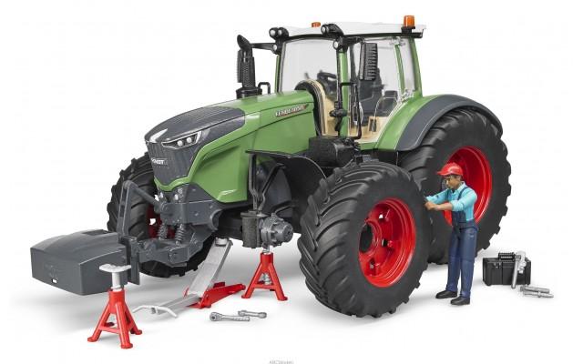 Игрушка Bruder трактор Fendt 1050 Vario с водителем и и инструментами (04041)