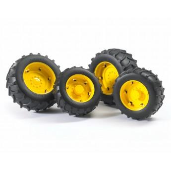 Колеса з жовтими дисками до тракторів серії 2000 Bruder 02321