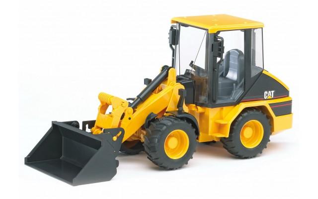 Игрушка Bruder погрузчик колёсный CAT с ковшом (02441)