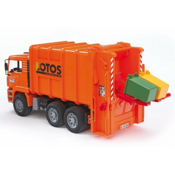 Іграшка сміттєвоз MAN із заднім завантаженням Bruder 02762
