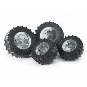 Колеса с серебристыми дисками к тракторам серии 3000 Bruder (03317)