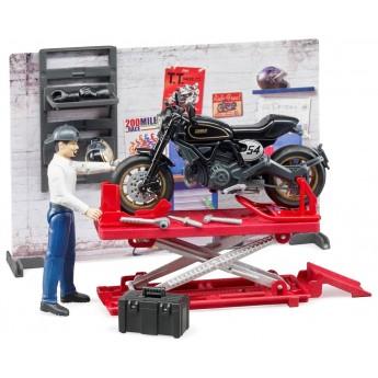 Ігровий набір Bruder мото-майстерня з мотоциклом Ducati, фігуркою та інструментами (62101)
