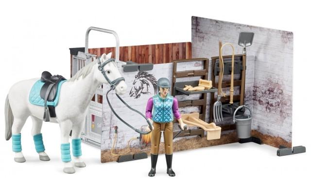 Игровой набор Bruder конюшня с жокеем, лошадью и инструментами (62506)