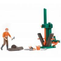 Іграшка верстат для колки колод з працівником Bruder 62650