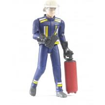 Фигурка пожарного с огнетушителем и рацией Bruder (60100)