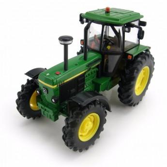 Игрушка трактор John Deere 3650