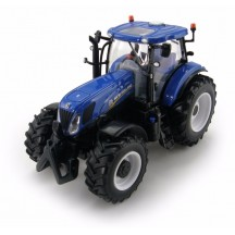 Игрушка трактор New Holland T7.220