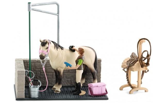 Игровой набор Schleich лошадиная мойка (42104)