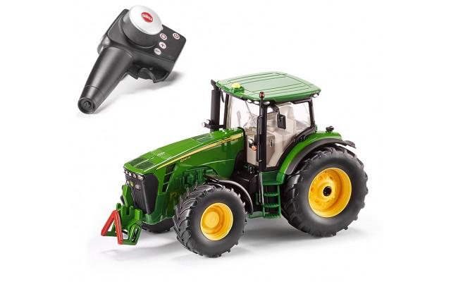 Іграшка трактор John Dr.8345R на радіокеруванні Siku (6881)